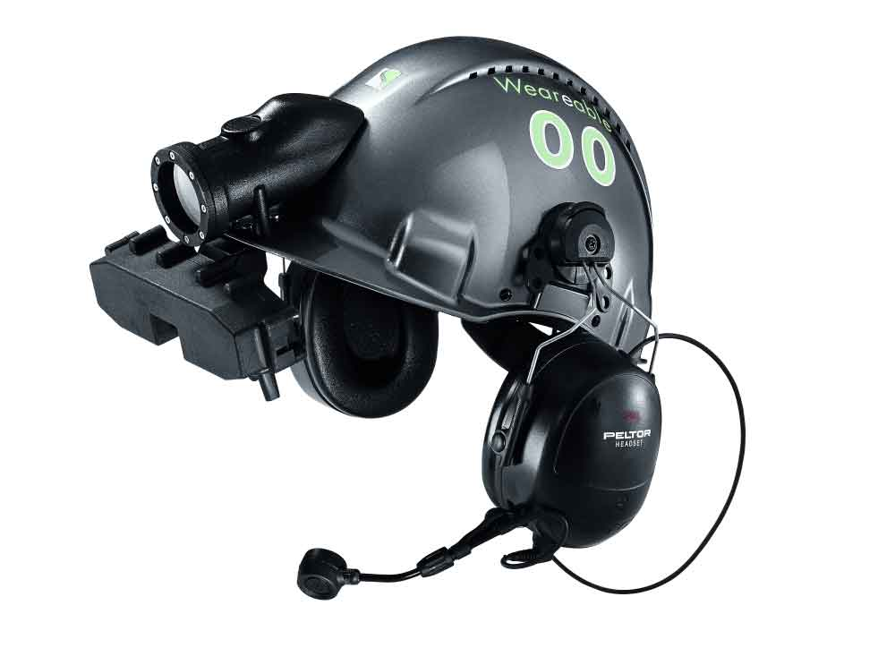 A helmet interface for the display of machine data and the link from mechanical to digital based on the AREO software solution.